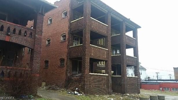 1816 Van Buren Rd, East Cleveland, OH - USA (photo 1)