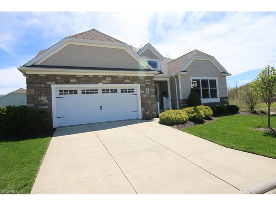 3734 Pin Oak Dr, Stow, OH - USA (photo 1)