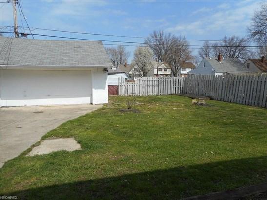 13417 Grannis Rd, Garfield Heights, OH - USA (photo 3)