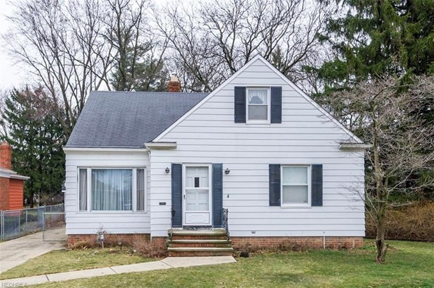 6217 Stratford Dr, Parma Heights, OH - USA (photo 1)