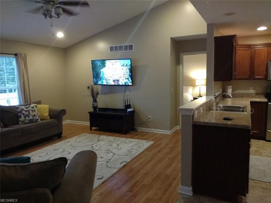 4627 Fields Way, Lorain, OH - USA (photo 5)