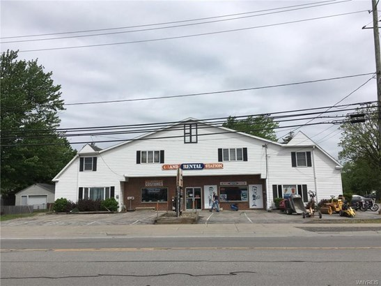9670 Main Street, Clarence, NY - USA (photo 1)
