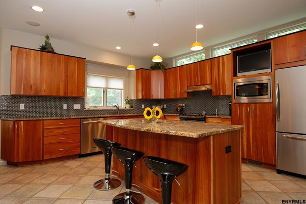 315 Highgate Dr, Slingerlands, NY - USA (photo 4)