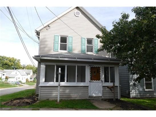 1045 Shannon Ave, Barberton, OH - USA (photo 1)