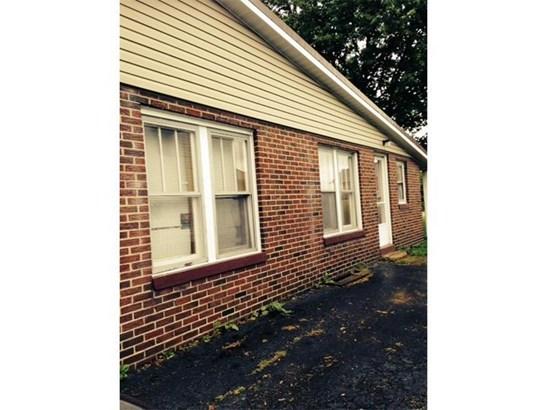 1110 W Main St, Sharpsville, PA - USA (photo 4)