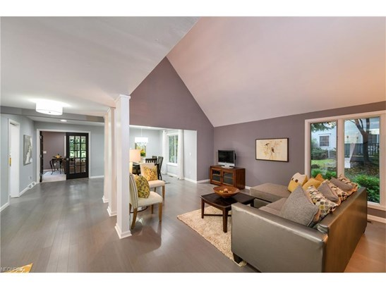 3989 Troon Dr, Uniontown, OH - USA (photo 2)
