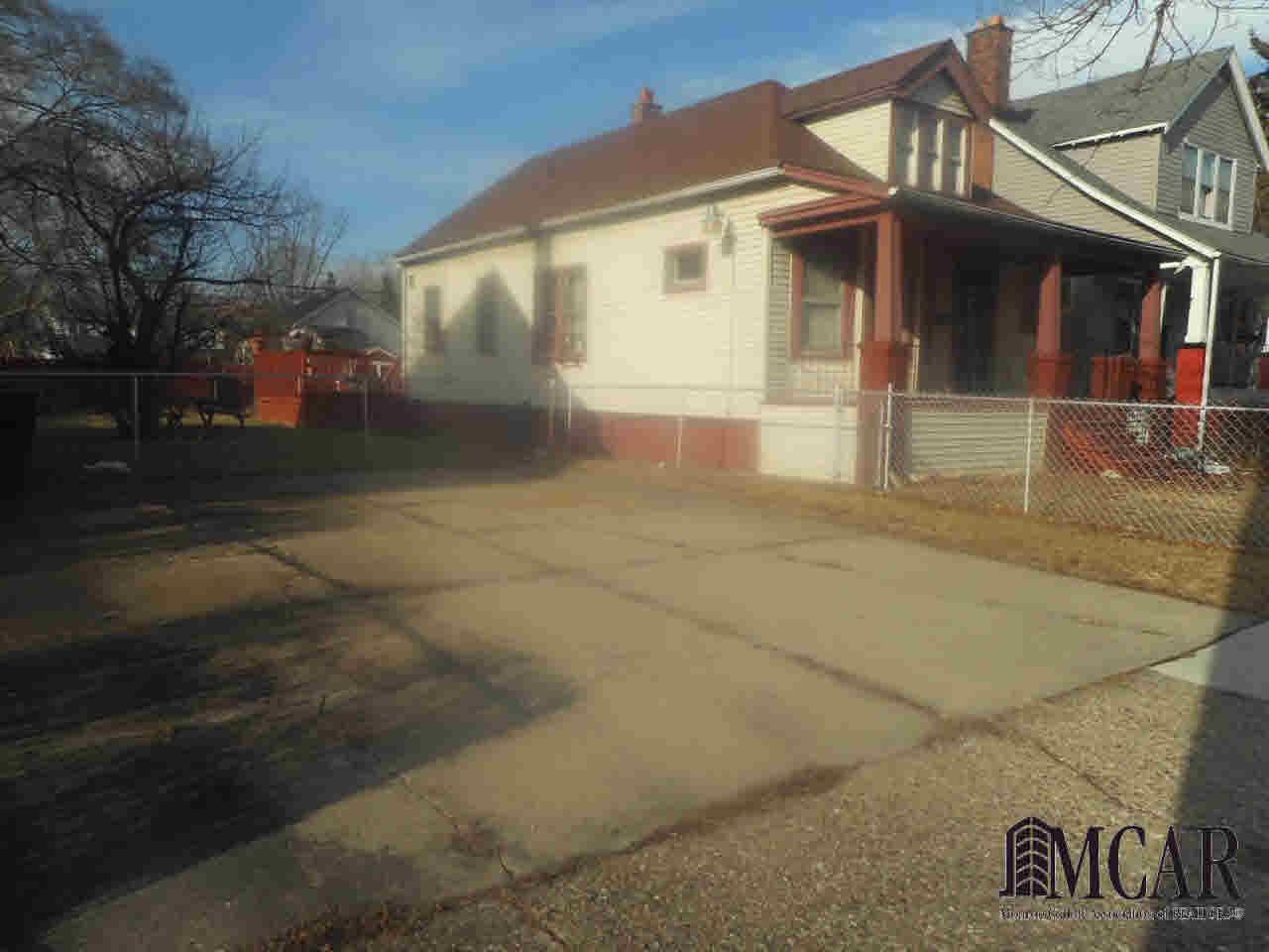 5185 Saint Clair, Detroit, MI - USA (photo 5)