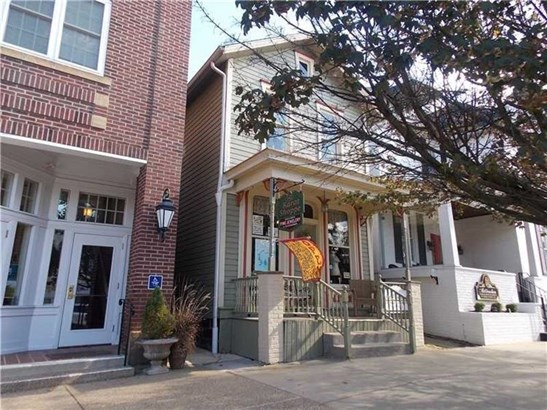 140 E Main Street, Ligonier, PA - USA (photo 3)