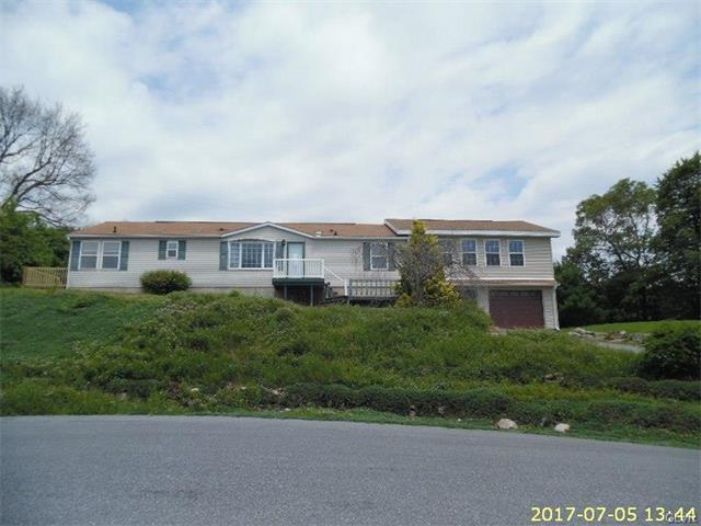 8731 Summit Circle, Emerald, PA - USA (photo 1)