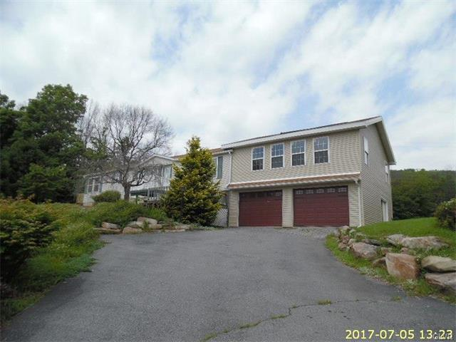 8731 Summit Circle, Emerald, PA - USA (photo 2)