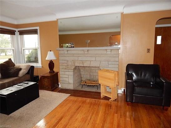 13806 Granger Rd, Garfield Heights, OH - USA (photo 2)