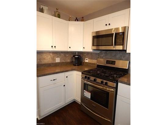 13806 Granger Rd, Garfield Heights, OH - USA (photo 5)