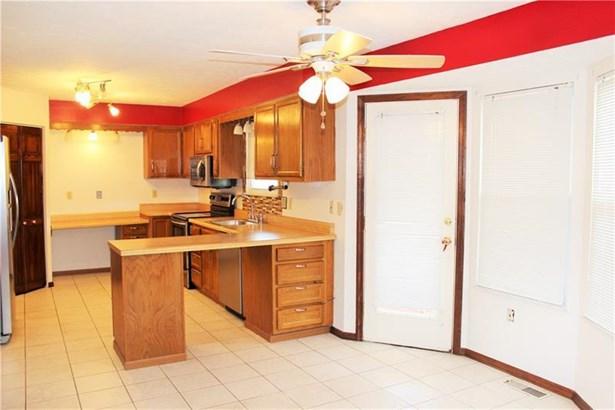 117 Edgemeade Dr, Monroeville, PA - USA (photo 5)