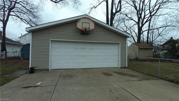 549 Keenan Ave, Cuyahoga Falls, OH - USA (photo 4)