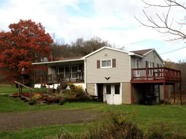 3481 Fox Hill Road, Russell, PA - USA (photo 1)
