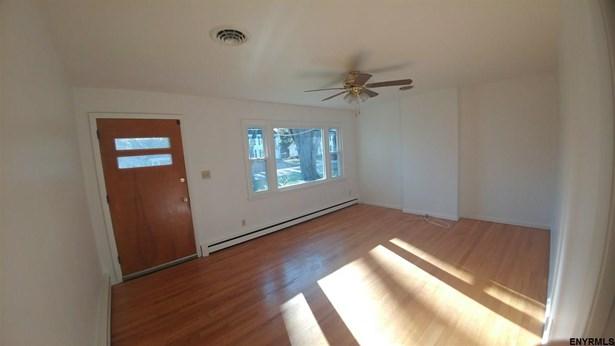 535 Kenwood Av, Delmar, NY - USA (photo 4)
