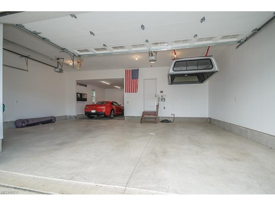 8034 Forest Valley Ln, Concord, OH - USA (photo 4)