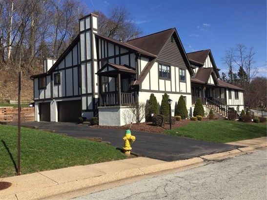 204 Forest Ridge, Forest Hills, PA - USA (photo 1)
