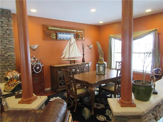 5786 Forest Crossing Drive, Erie, PA - USA (photo 2)