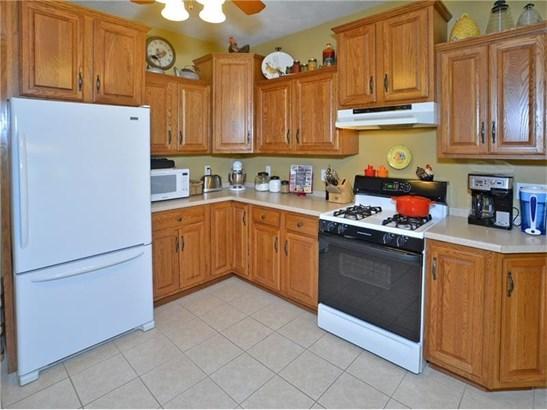 9161 Lucia Lane, North Huntingdon, PA - USA (photo 5)