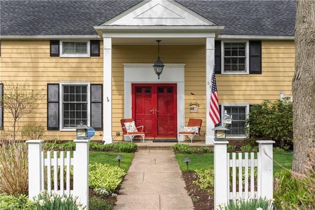 584 Yarmouth Dr, Bay Village, OH - USA (photo 2)