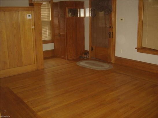 1166 Tampa Ave, Akron, OH - USA (photo 5)