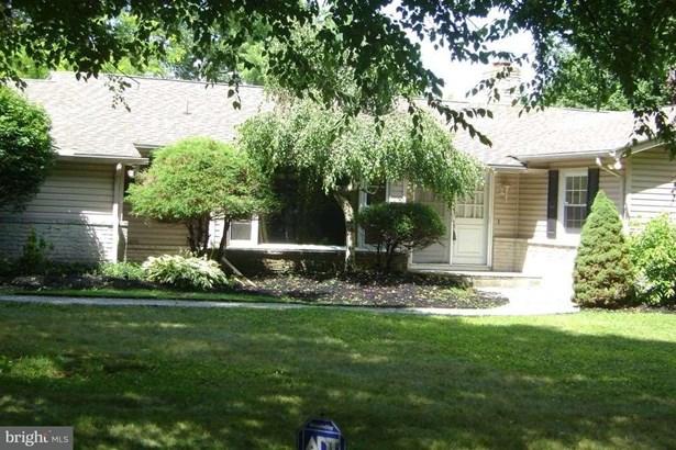 5 W Lawn, Wormleysburg, PA - USA (photo 1)