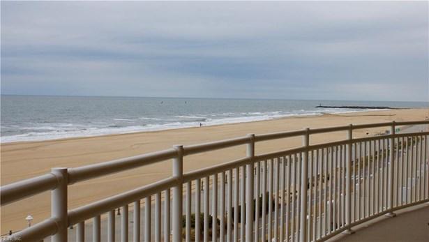 921 Atlantic Ave 401, Virginia Beach, VA - USA (photo 1)