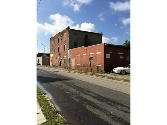 400 W North, Butler, PA - USA (photo 2)
