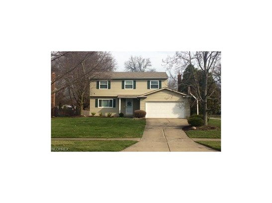 25946 Byron Dr, North Olmsted, OH - USA (photo 1)