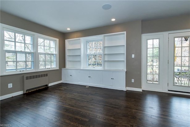 2725 S Park Blvd, Shaker Heights, OH - USA (photo 5)