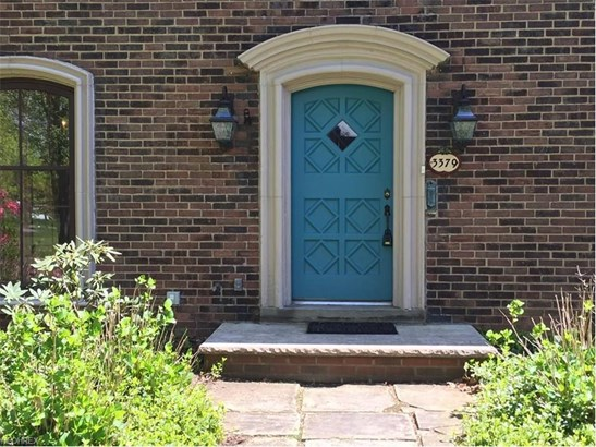 3379 Chalfant Rd, Shaker Heights, OH - USA (photo 2)