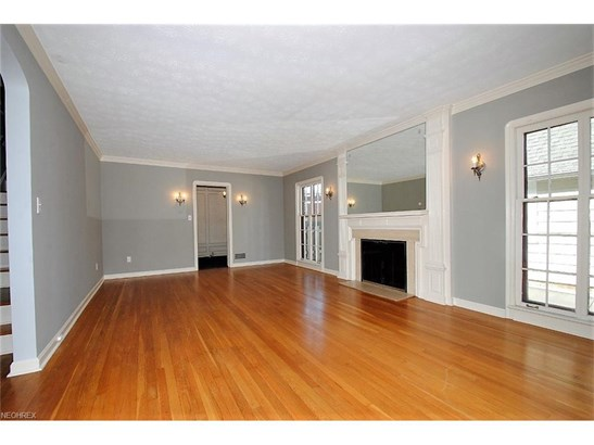 3379 Chalfant Rd, Shaker Heights, OH - USA (photo 5)