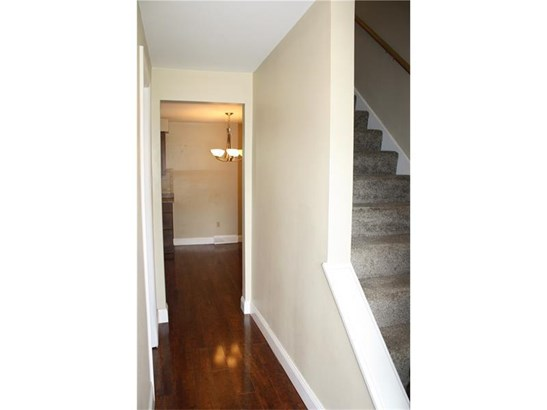 9069 Pine Heights Place, Mc Knight, PA - USA (photo 2)