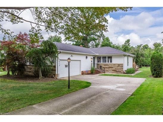 5767 Wilson Mills Rd, Highland Heights, OH - USA (photo 1)