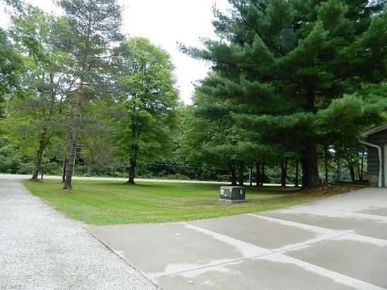 17510 Munn Rd, Auburn Township, OH - USA (photo 3)