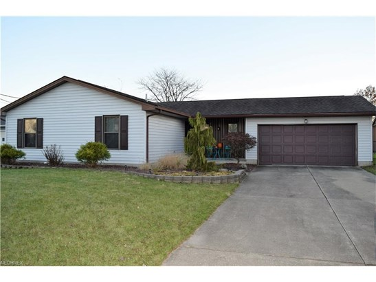 5597 London Dr, Austintown, OH - USA (photo 1)