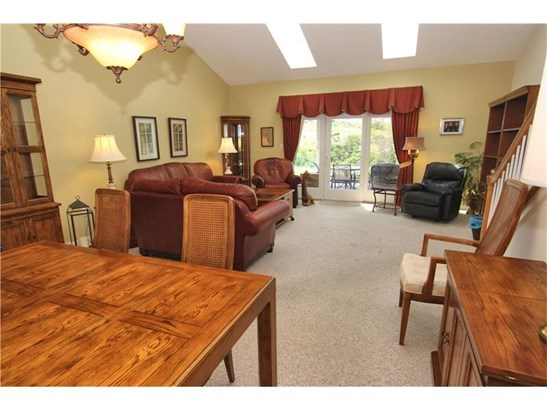 3409 Woodwind Dr, Jefferson Hills, PA - USA (photo 4)