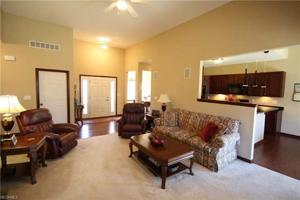 8515 Mulberry Chase, North Ridgeville, OH - USA (photo 5)