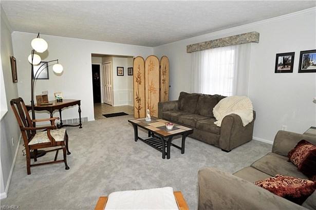356 Bradley Rd, Bay Village, OH - USA (photo 5)