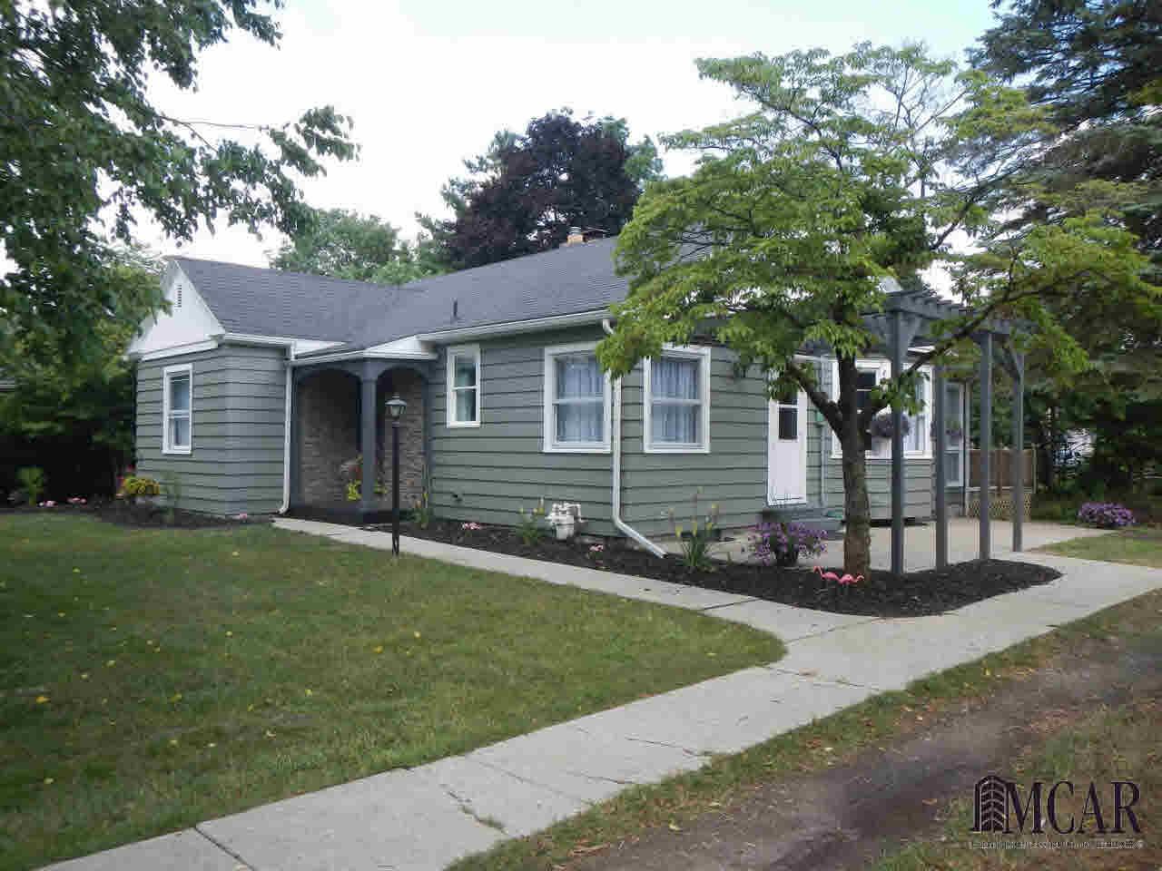 5728 Parkside, Monroe, MI - USA (photo 1)