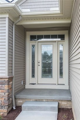 151 Queensbury Pl, Broadview Heights, OH - USA (photo 2)