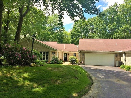 3837 North Point Dr, Castle, PA - USA (photo 1)