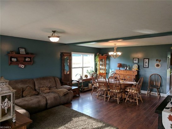 1035 N Reedsburg Rd, Wooster, OH - USA (photo 2)