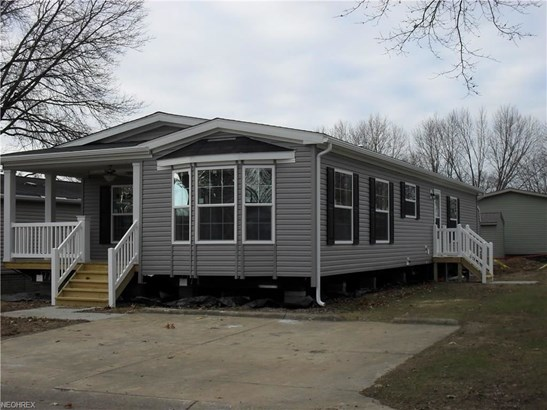 204 E St, Navarre, OH - USA (photo 2)