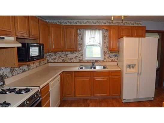 34857 Roberts Rd, Eastlake, OH - USA (photo 4)