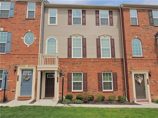 243 Thornapple Ln, Cranberry Township, PA - USA (photo 1)