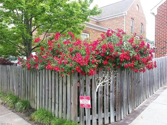 392 Emily Dickinson N, Newport News, VA - USA (photo 5)