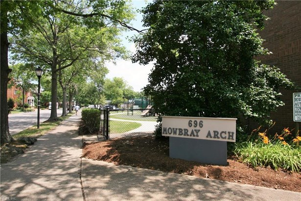 696 Mowbray Arch 640, Norfolk, VA - USA (photo 1)