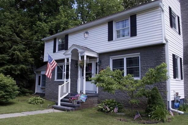 297 Ridge Street, Glens Falls, NY - USA (photo 2)